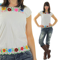 Mexican embroidered top floral Vintage 1970s bohemian cotton shirt Gypsy Oaxacan  Ethnic hippie blouse Medium