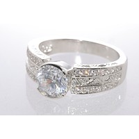 925 Sterling Silver Cubic Zirconia Ring 1.5ct 7mm x 8mm Oval Shaped Stone