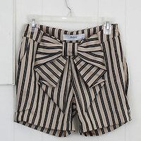 Womens Shorts BOW Striped Tan Black Silk Mod Cloth Like New SMALL 6