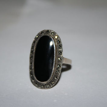Size 9 Sterling Silver and Onyx and Marcasite Ring Vintage Sterling Silver Ring Free US Shipping