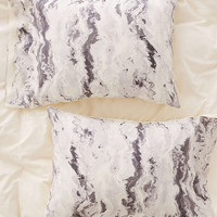Lisa Argyropoulos For DENY Mono Melt Pillowcase Set - Urban Outfitters