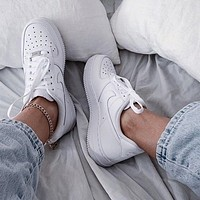 Nike Air Force 1 07 Low-Top White Sneakers Shoes