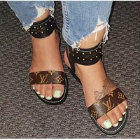 Louis Vuitton LV Fashion Women Simple Leather Slippers Sandals Shoes