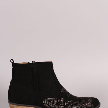 Qupid Suede Embroidered Western Ankle Boots