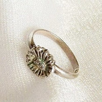 Tiny Sterling Silver Ring / Flower - Size 1 3/4 - B1010b