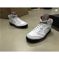 Air Jordan 5 while Basketball Shoes 40-47