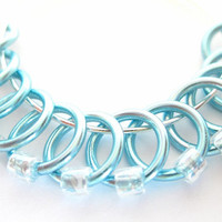 Medium Handmade stitch markers | Stitchmarkers | Snagless stitchmarker | Knitting supplies | light blue rings; clear beads | #0593