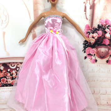 NK One Pcs Handmade Princess Wedding Dress Noble Party Gown For Barbie Doll Fashion Design Outfit Best Gift For Girl' Doll 020A