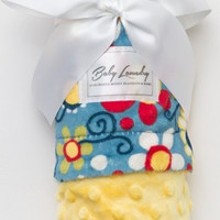 """Baby Laundry 91341 Soft Minky Daisy Blue Sunshine Baby Blanket 36""""x30"""" with Pacifier Clip"""