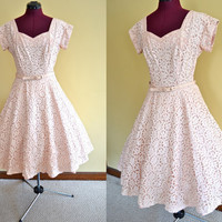 1950s Vintage Pale Peach Lace Party Dress with Sequin and Faux Pearl Accents size S M bust 36