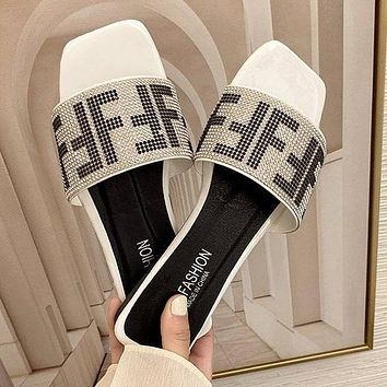 FENDI slippers, summer letters, fashion outer wear sandals Shoes White
