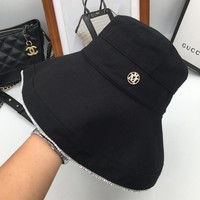 The spring and autumn period and the black show face xiaoke folding big brim hat the fisherman hat bucket hat
