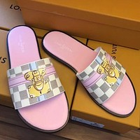 Louis Vuitton LV Woman Men Fashion Slipper Shoes