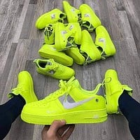 NIKE AIR FORCE 1 AF1 couples color-blocking running sneakers Bright green