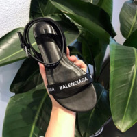 Balenciaga ROUND FLAT SANDALS Flat ankle strap sandals