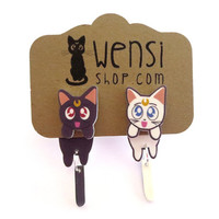 Luna and Artemis (Sailor Moon Inspired Cling Earring)