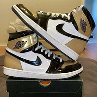 Nike AIR Jordan AJ1 skateboard shoes high top couple shoes student sports casual shoes