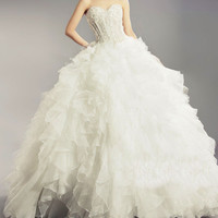 Vintage Sweetheart Neck Embroidery and Tiered Design Women's Ruffles Brush Train Wedding Dress
