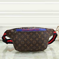 Louis Vuitton Women Men Leather Purse Waist Bag Single-Shoulder Bag Crossbody