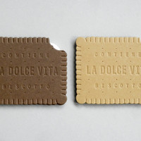 Present&Correct - Biscuit Card