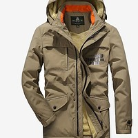 Autumn Men Jackets Hooded New Arrive  Winter Casual Zipper Fashion  Loose Air Force Coat