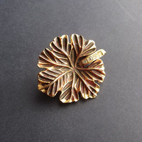 Gold Leaf Brooch with Crystal Rhinestones detail - Unique gift idea - vintage lovers