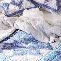 Magical Thinking Terra Medallion Duvet