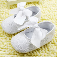 White Lace Bow Know Baby-Toddler Balet Slippers