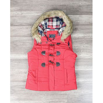 Mountain Slopes Hooded Puffer Vest in Red