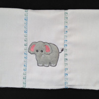 Cute Applique Elephant Burp Cloth in grey fleece. This can be personalized for an extra charge.