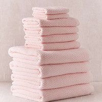 Everplush 10-Piece Diamond Jacquard Bath Towel Set | Urban Outfitters
