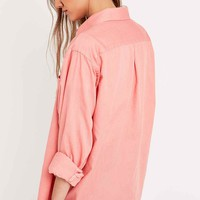 Urban Renewal Vintage Customised Washed Out Shirt in Coral - Urban Outfitters