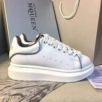 Alexander McQueen Classic white shoes-5