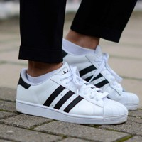 Tagre™ Adidas Superstar White/Black
