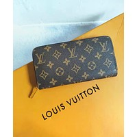 LV Louis Vuitton Classic Monogram Check Leather Women's Men Leisure Wallet Purse