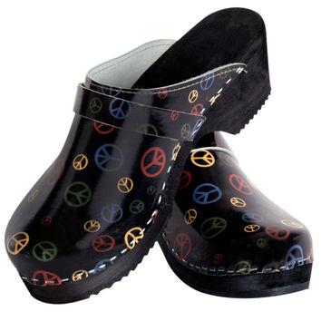 Torpatoffeln Swedish Peace Symbols Clogs