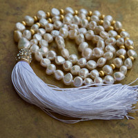 Wedding mala White and gold bohemian necklace Pearl and gold vermeil boho beaded necklace White real silk tassel Bridal mala beads Pave bead