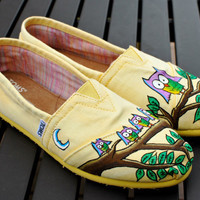 Yellow handpainted custom Owl TOMS shoes by BStreetShoes on Etsy