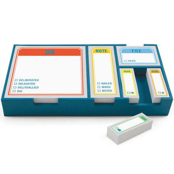 STICKY SET ACTIONS / Tray: 7.75 x 3.25 x 1.25 inches. 6 sticky pads, 100 sheets each; paper-wrapped chipboard tray.