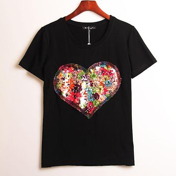 2 Colors Summer Hot T-shirt Women Sequined Love Heart Sequins T Shirt Women Tops Tee Shirt Femme Fashion Casual Woman Clothing