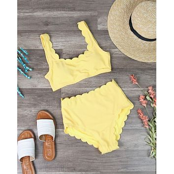 Ribbed Texture Scallop Trim High Waisted Two Piece Swimsuit in Yellow
