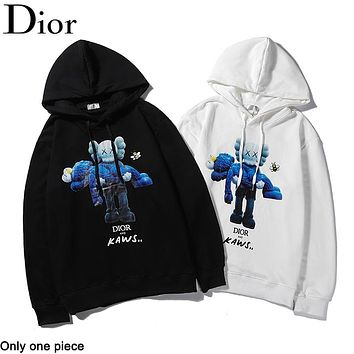 DIOR selling fashionable figures, bears and cuddles digital direct-spray printed casual couple hoodies