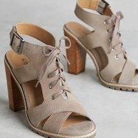 London Heels in Taupe Size: