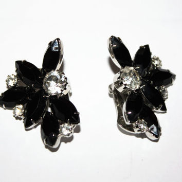 Vintage Black Rhinestone Earrings, Vintage Clip On Earrings, Flower Earrings, 1950s Estate Jewelry