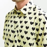 UO Broken Hearts Short Sleeve Button-Down Shirt | Urban Outfitters
