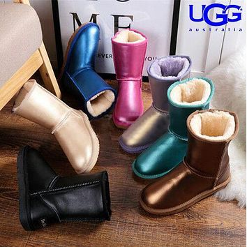 U UGG hot seller of stylish, solid-colored mid-leg women's casual uggs with wool boots