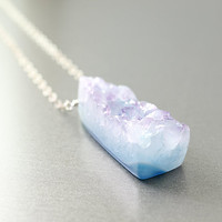 Agate druzy necklace: drusy gemstones jewelry, blue agate necklace, sterling silver chain necklace, blue necklace fashion