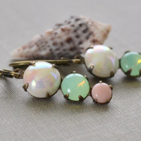 Pearl, Green and Pink Earrings, Opal and Pearl, Easter Egg, Spring Earrings, Lever Back, Pastel Pink, Graduated Stone, Lapin du Printemps