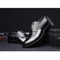 Fashion Leather shoes Men Dress Shoe Pointed Oxfords Shoes