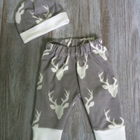 Newborn Baby Boy Deer Pants & Hat Outfit. Take home outfit! Grey with cream stag heads cuff leggings. Picture Outfit. Hunting Baby. Toddler